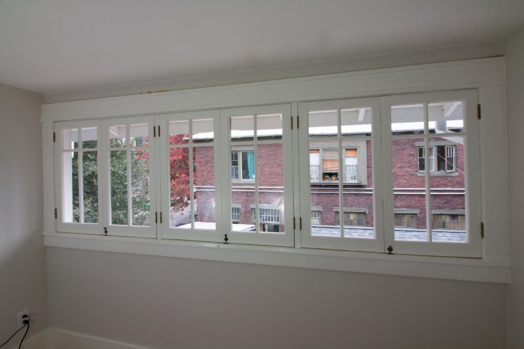 custom casement windows that swing in